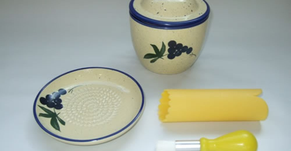 ceramic-keeper-grater-set-grapec