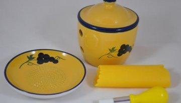 ceramic-keeper-grater-set-grapey