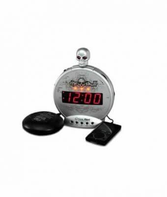skull-bone-crusher-alarm-clock